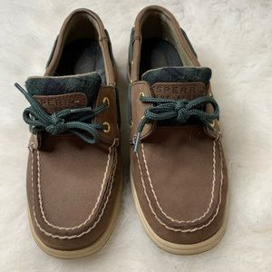 Sperry Boat Shoes In Dark Brown w Plaid Details